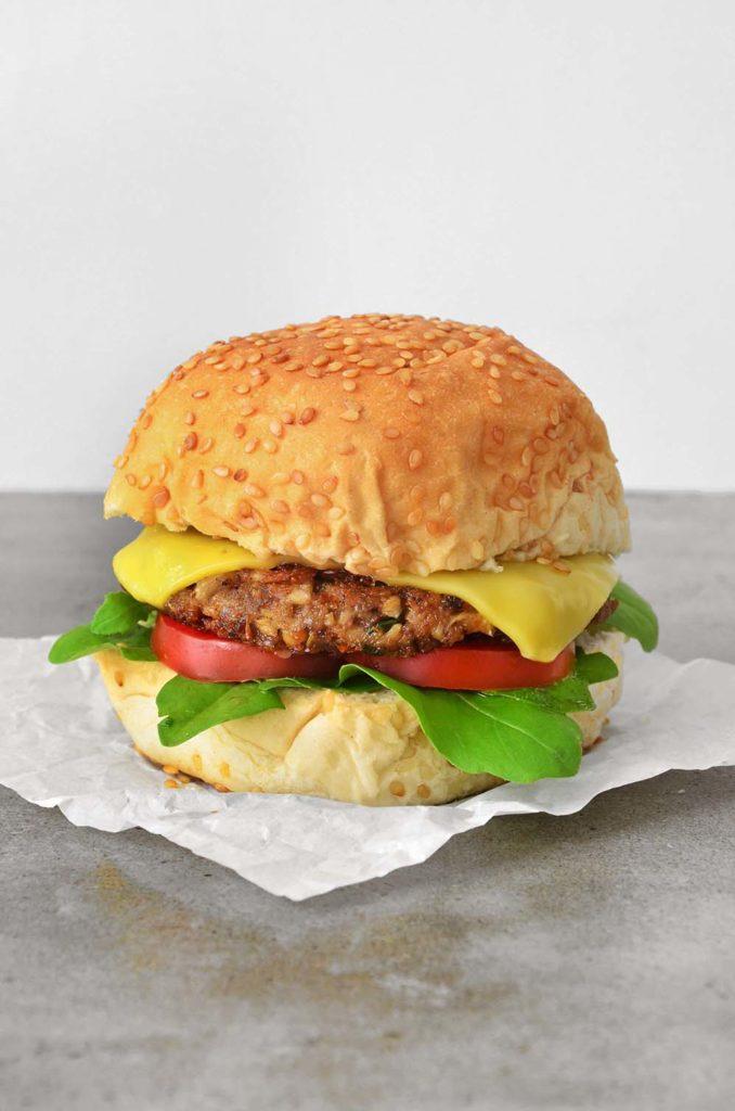 Hambúrguer de shimeji.